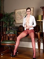 Office boss Lara rips her unusual colour pantyhose!