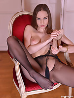 You Bet She's Wet - Our New Face's Foot Fetish Solo Show free photos and videos on DDFNetwork.com