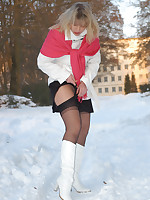 Stockings over Pantyhose outside